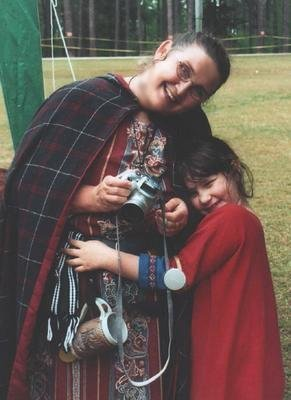 Meistres Bronwen o Gydweli & Cecilia de Lessay at Dreamstone in April A.S. XXXVII (2003)