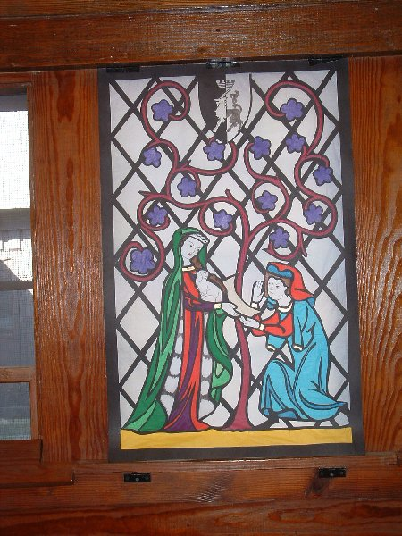 Meistres Bronwen o Gydweli's window at Heroes & Heroines in A.S. XXXVIII (2004)
