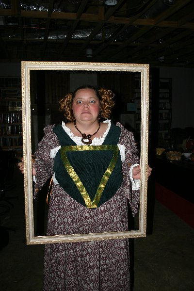 Dame Aislinn Chaomhanach as 'Fat Lady in Portrait' at Halloween of A.S. XLII (2007)