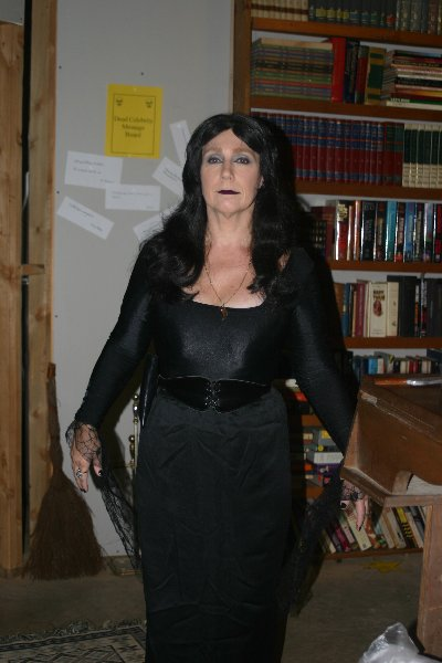Lady Eriny andvaka Ragnarsdottir as Caroline Jones, Halloween Dead Celebrity Bash 2008