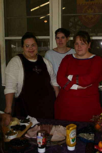 Muriel, Maegwyn and Isabella at Festival of the Laurels in October of 2005